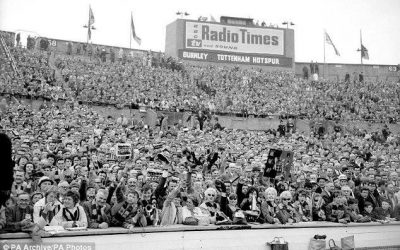 FA CUP 1961-62. SPURS DOUBLE UP IN 'CHESSBOARD FINAL'